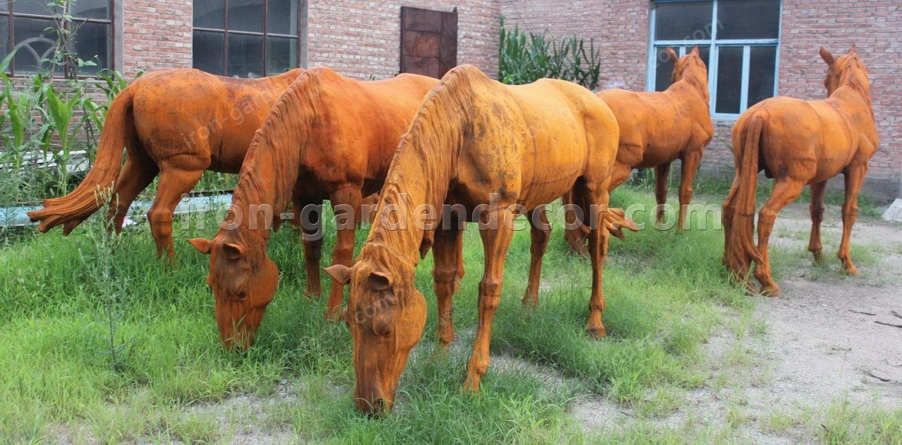 large iron horse for garden docoration, rust large horse down head-Down Head Horse (2)
