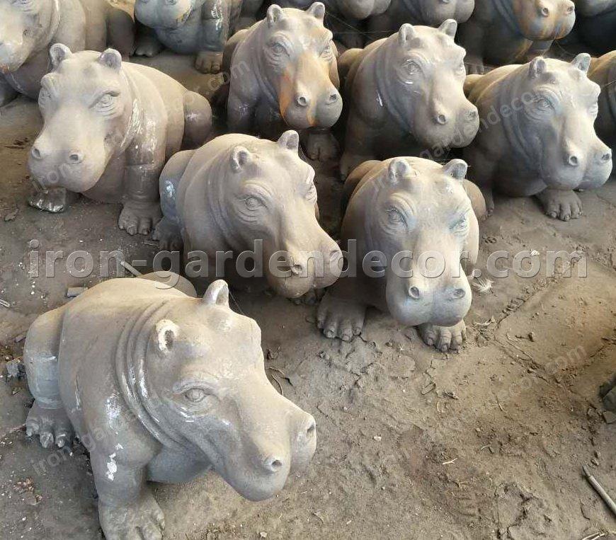 iron metal animal of small hippo for garden decor-NS1529(3)