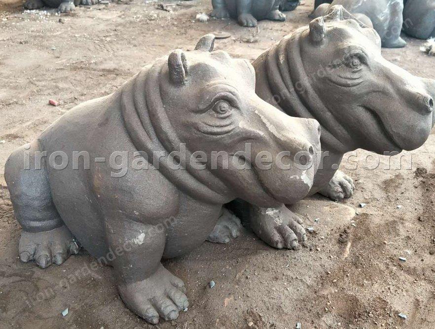 iron metal animal of small hippo for garden decor-NS1529(4)