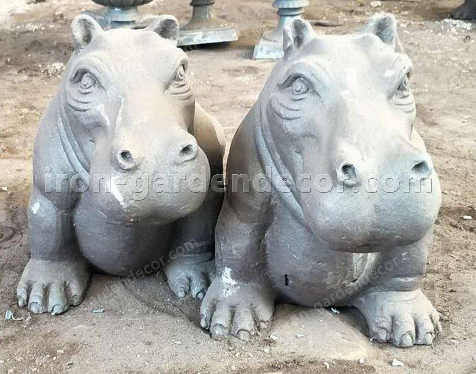 iron metal animal of small hippo for garden decor-NS1529