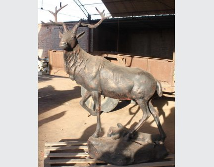 cast iron garden aniaml metal stags /deers