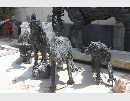 tire animals,High Quality Iron Sculpture wolf