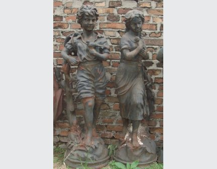 ,cast iron statue,heavy metal sculpture