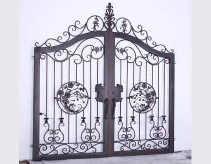 outdoor iron gate,black iron custom- made gates